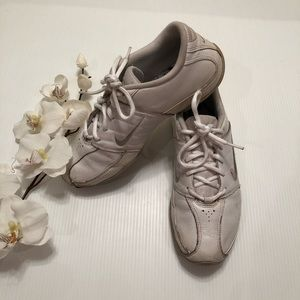 Nike White Cheer Shoes Sneakers Size 8